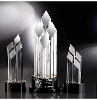 "CPC410 - 10"" Pinnacle Crystal Diamond Award"
