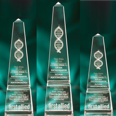 "12"" Crystal Obelisk Award"